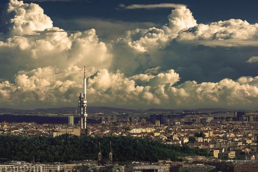 Unikátní úchvatné výhledy na metropoli ze Žižkovské věže