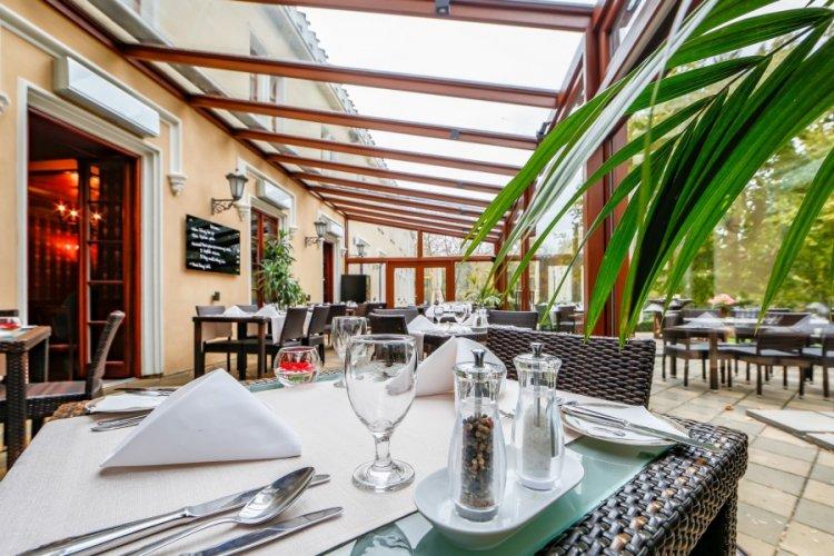 Luxusní 6chodové degustační menu v Chateau St. Havel****
