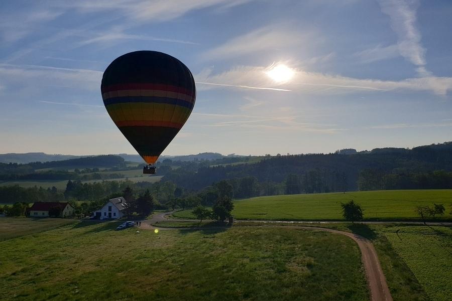 Nezapomenutelný vyhlídkový let balonem