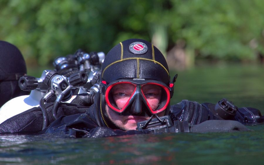 20minutová ochutnávka potápění v suchém obleku